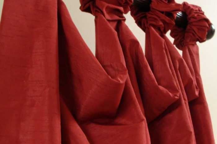 Красные шторы  — ТОП-190 фото + видео вариантов красных штор. Значения, символика и влияние штор красного цвета на людей