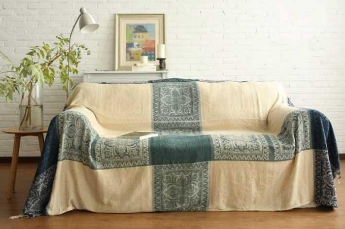 Плед на диван: преимущества и недостатки пледа на диване. Критерии выбора модели, формы, размеры и материалы пледа на диван (170 фото + видео)