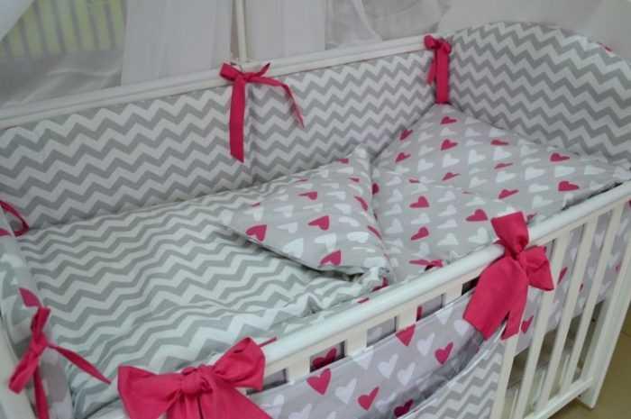 Постельное белье для новорожденных: требования к постельному белью для новорожденного. Разнообразие размеров, материалов и узоров детского белья (фото + видео)